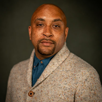 Head shot of Lecturer of Interdisciplinary Studies, Derric Carter